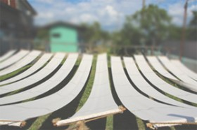 三河木綿は丈夫で仕事人の前掛けに良く使われます